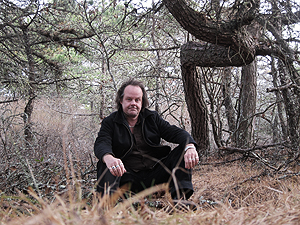 "Scene of the crime — Fessenden returns to the location of the true-life""hole"" Thanksgiving 2010"