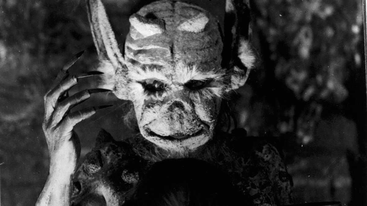 BUY >> Häxan