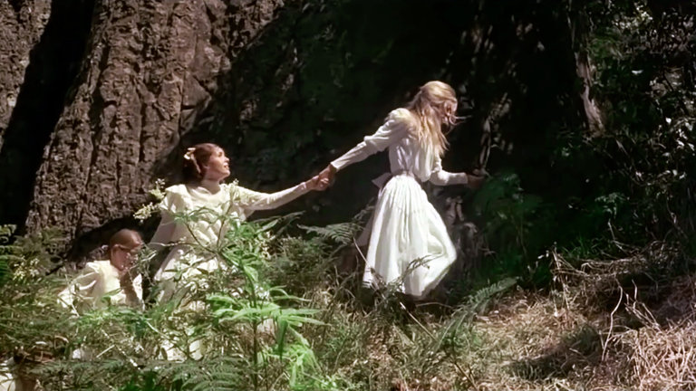 READ >> 3 Reasons To Watch 'Picnic At Hanging Rock'