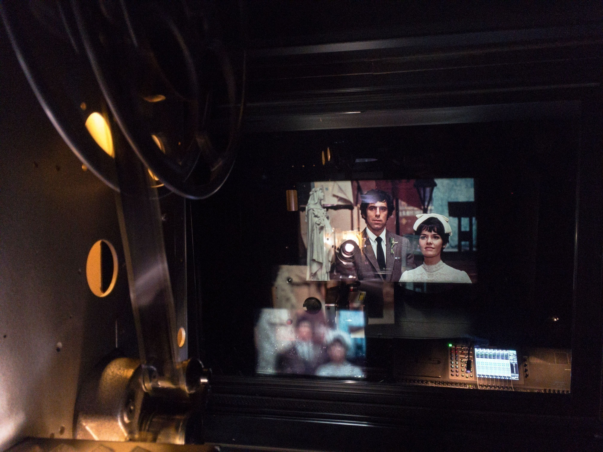 READ >> Long Live the Microcinema